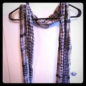 Accessories - Grey/White Scarf